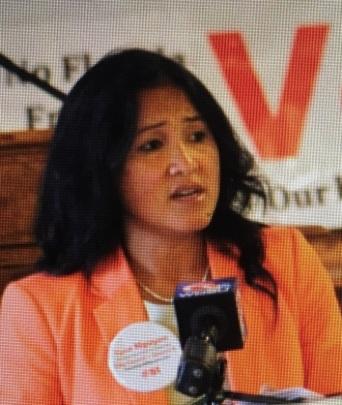 Cyndi Nguyen, Giám đốc Liên Lạc Quốc Tế của Nhóm JFFV, người đang tranh cử vào chức vụ Nghị viên tại Thành phố New Orleans, tiểu bang Louisiana.