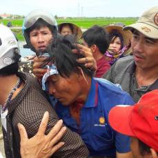 July 2016: Violence against Formosa protesters by polices.